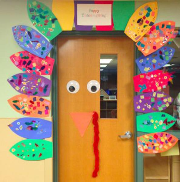 Thanksgiving door ideas for your classroom_1_Bored Teachers