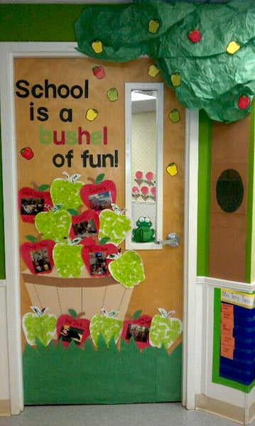 30 Super Cool Classroom Doors to Bring in the Fall Season at
