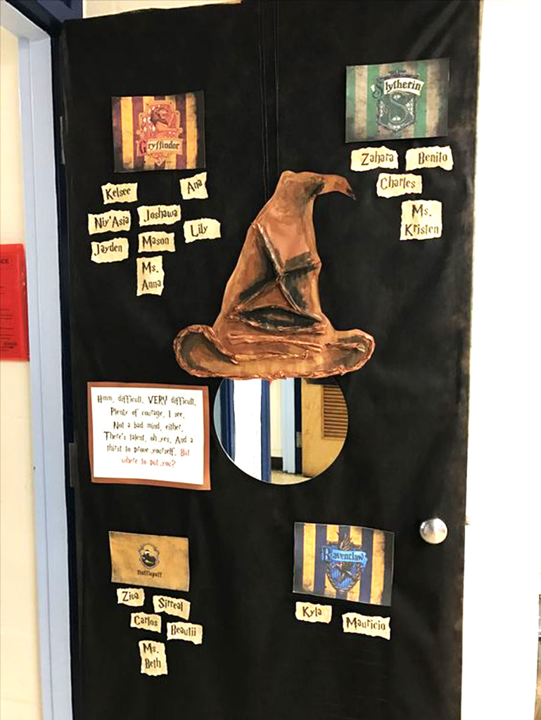 Harry Potter classroom door sorting hat made from painted paper! & 18 Harry Potter-Themed Classrooms Thatu0027ll Blow You Away u2013 Bored Teachers