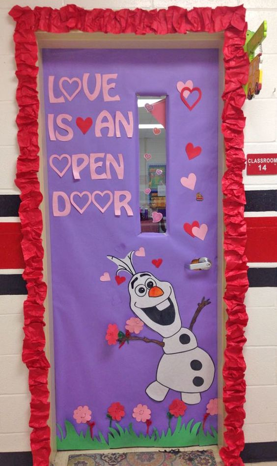 Adorable Valentine's Day Doors for Your Classroom_13_Bored Teachers