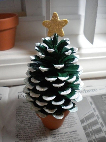 pine cone xmas tree bored teachers