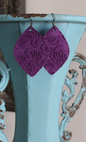 "Purple Etched Floral Leather Earrings - Medium Droplet (2"")"