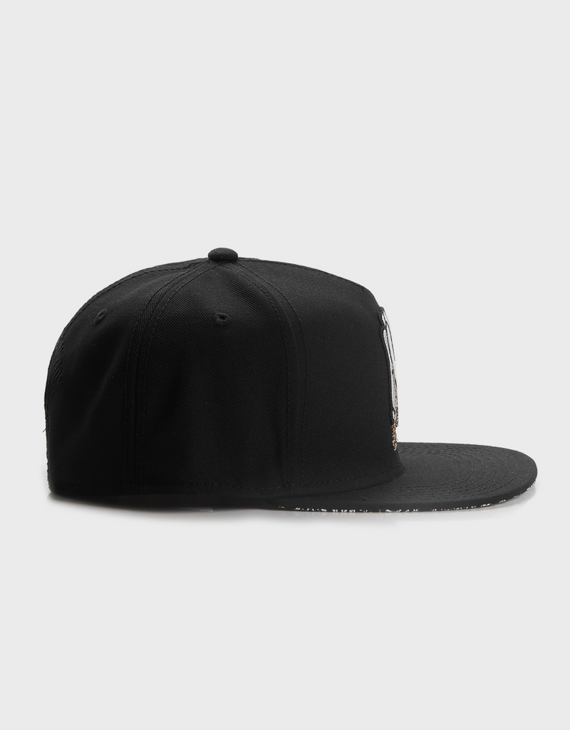 C&S WL PRAY FOR CLASSIC CAP