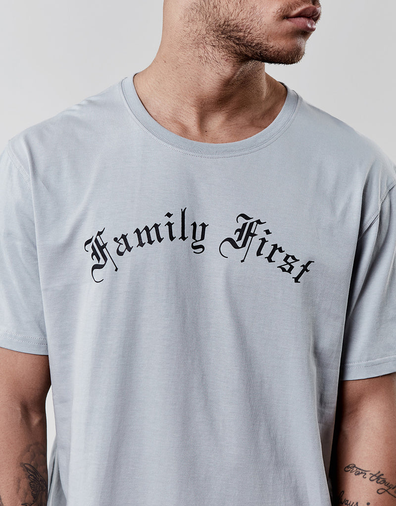 C&S WL FAMILY FIRST LONG TEE