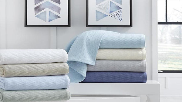 Summer Bedding: Lightweight Blankets, Coverlets & Sheets