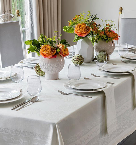 Table and Tablescapes at Fig Linens and Home