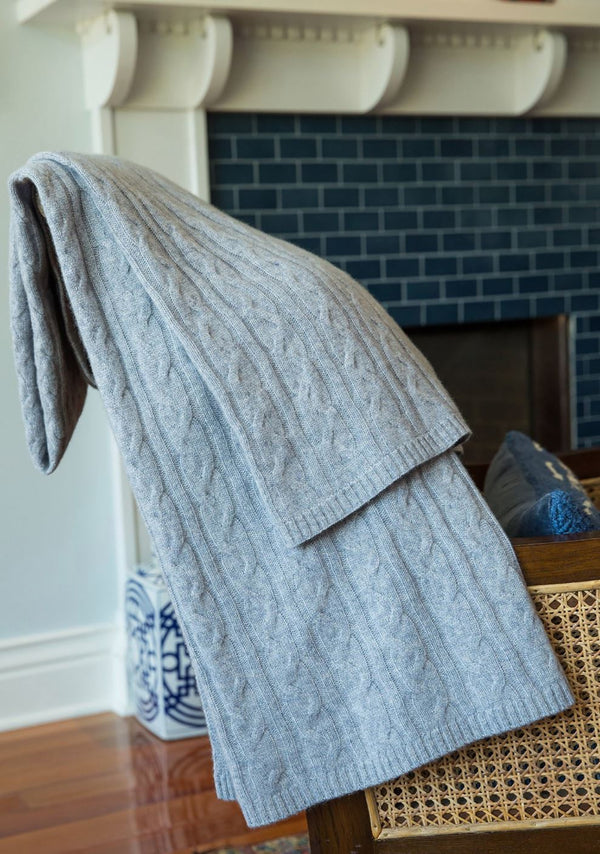 100% Cashmere Throw Cable Knit