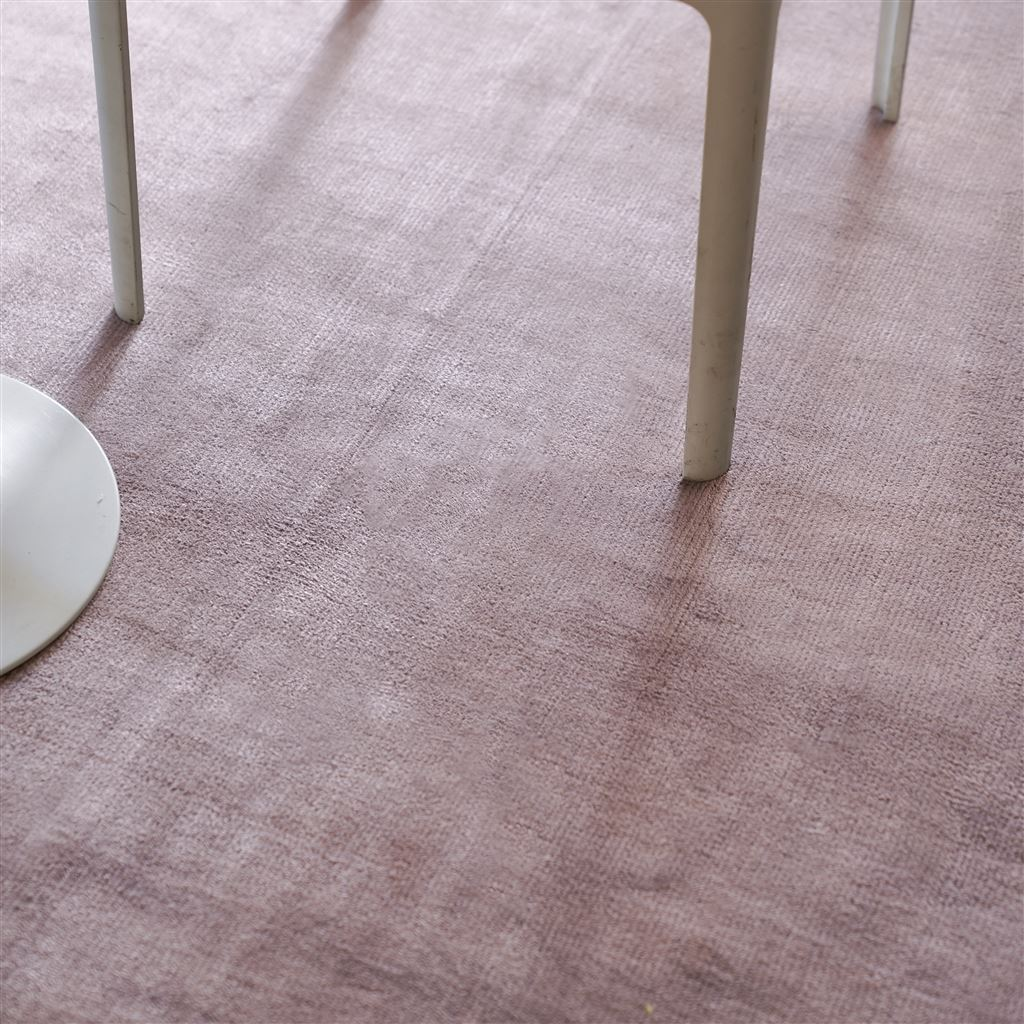 Designers Guild Eberson Tuberose Rug - detail view on floor