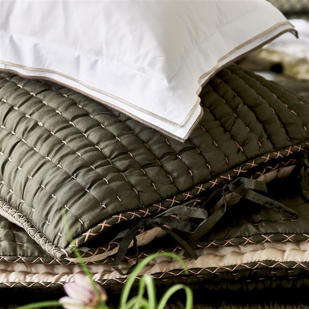 Designers Guild Chenevard Espresso & Birch Silk Quilts - Detail of Edging