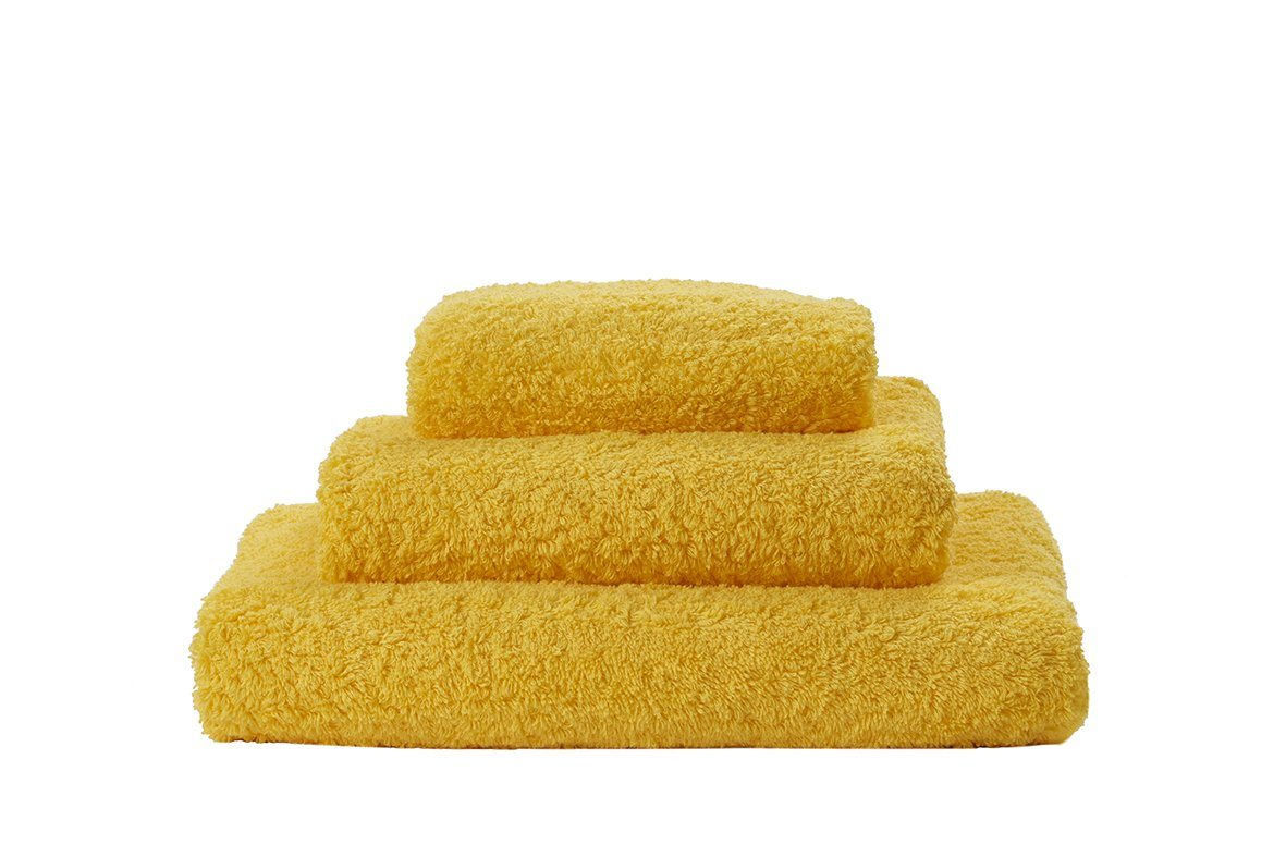 Set of Abyss Super Pile Towels in Banane 830