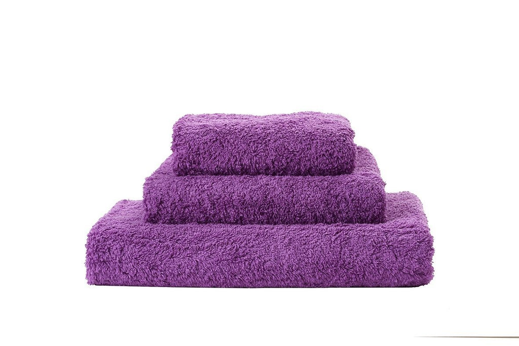 Set of Abyss Super Pile Towels in Dalhia