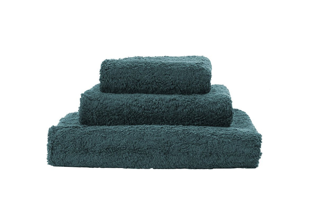 Set of Abyss Super Pile Towels in Duck 320