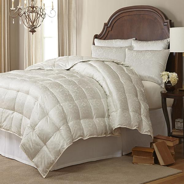 Eliasa Iceland Eiderdown Comforter by Downright | Fig Linens