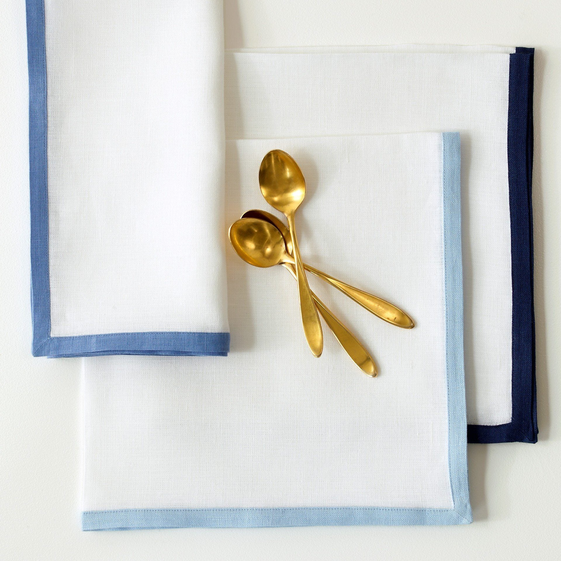 Casual Couture Border Napkins