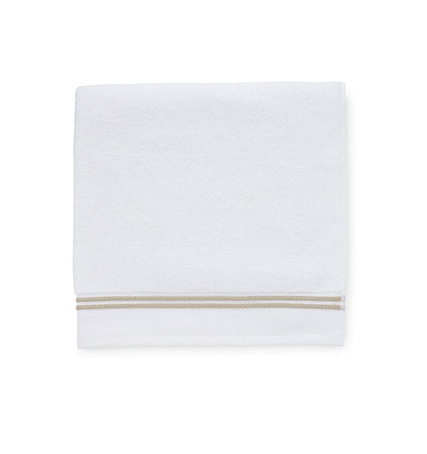 White bath towels with taupe - Aura Almond by Sferra - Fig Linens