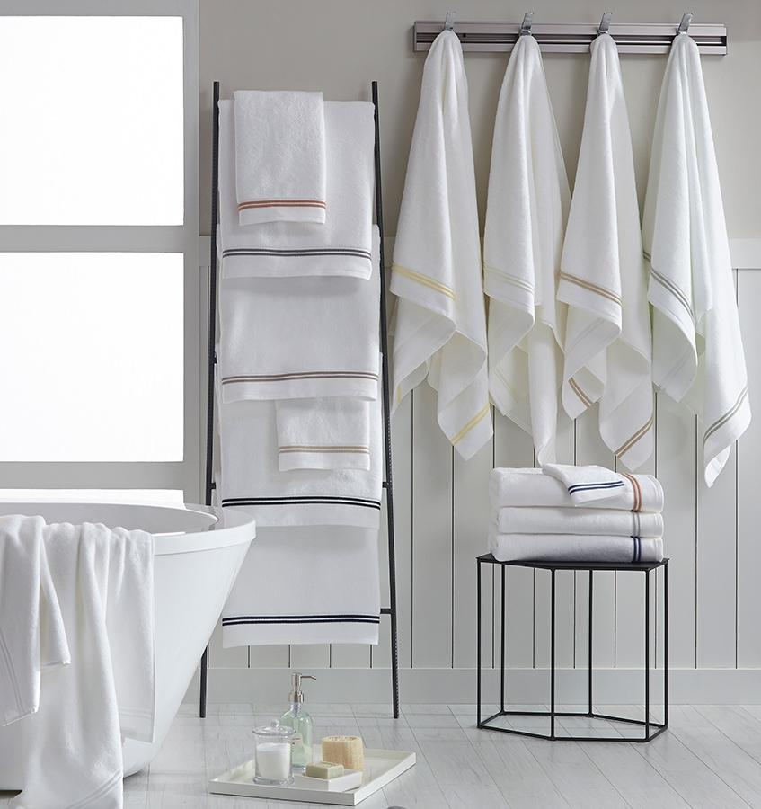 Aura Bath Towels by Sferra | Fig Linens - Lifestyle