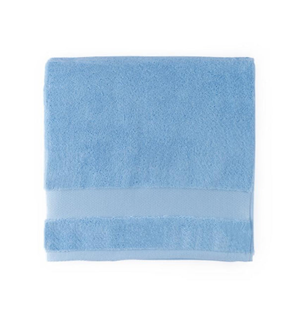 Light blue bath towels - Bello Bluebell by Sferra - Fig Linens