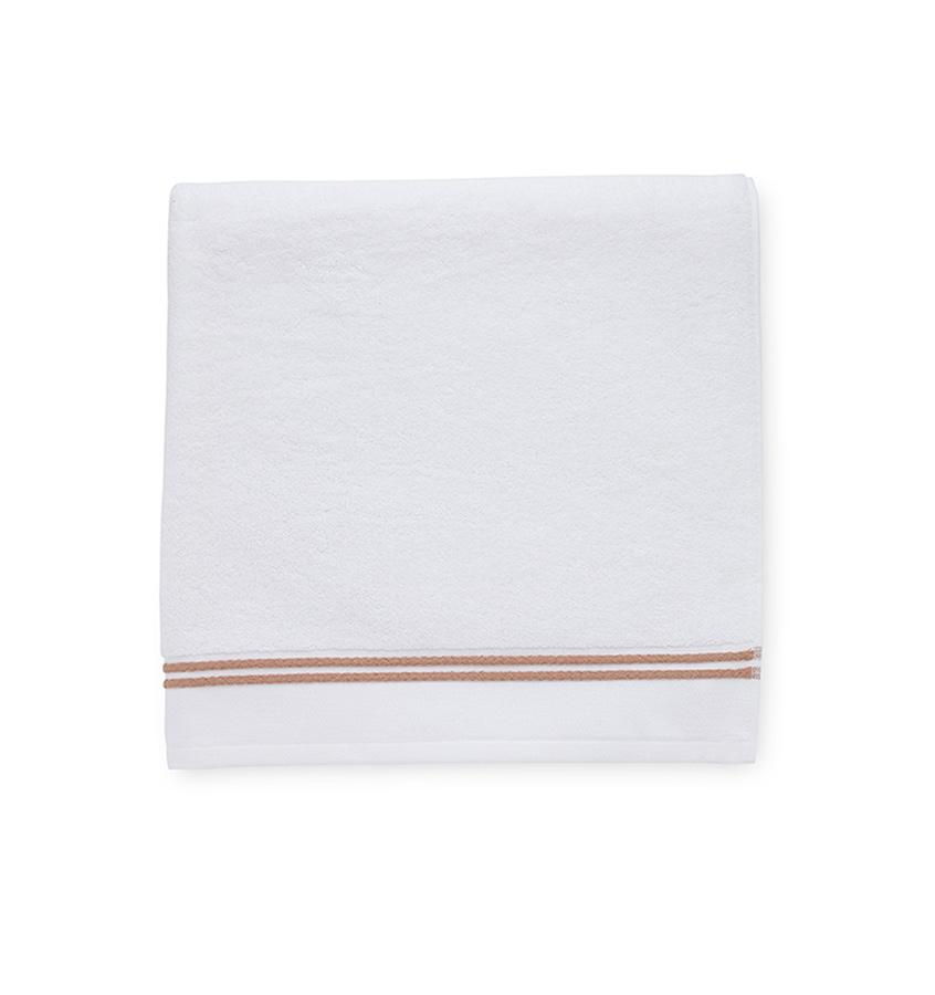 Aura White & Copper Bath Towels