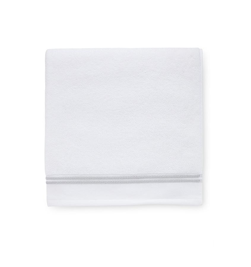 Aura White & Gray Bath Towels