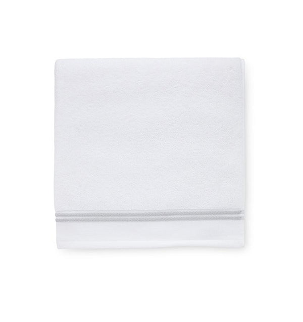 White bath towels with gray stripes - Aura White/gray bath towel - Fig Linens