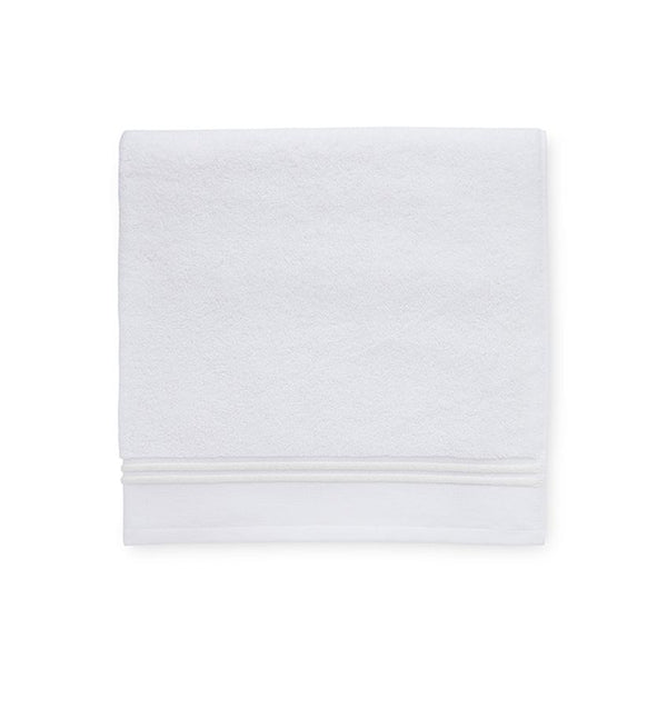 Aura bath towels by Sferra - White Towel with Ivory stripe - Fig Linens