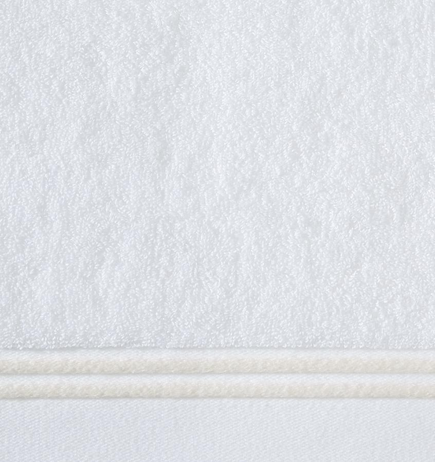 Aura White / Ivory Bath Towels by Sferra - Fig Linens