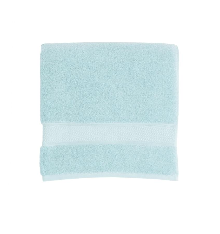 Amira Arctic Bath Towels