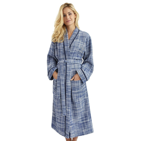 Leo Encre Blue Kimono Bathrobe by Yves Delorme | Fig Linens - Women's Blue and white robe, front