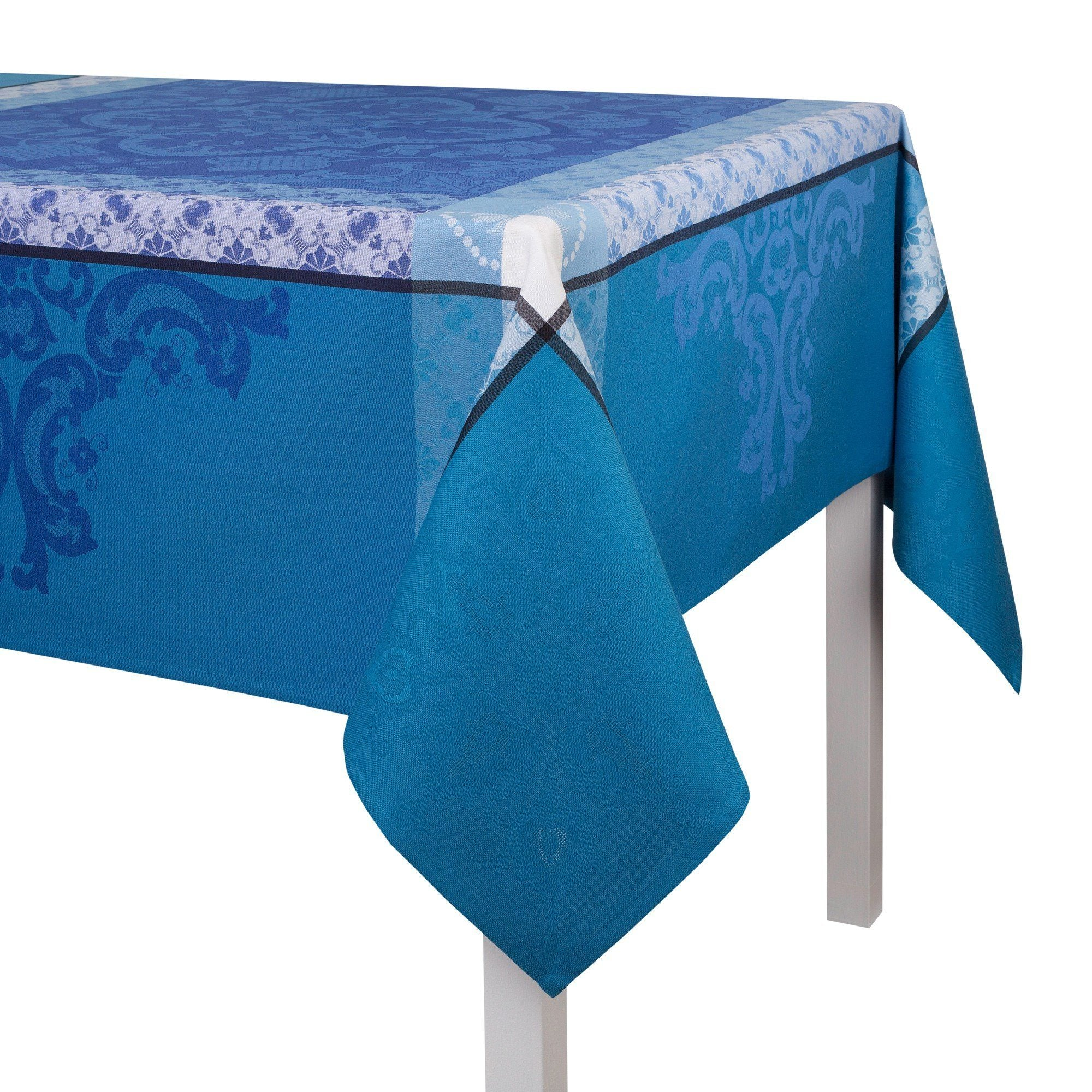 Azulejos Enduit Coated Tablecloths in Blue China