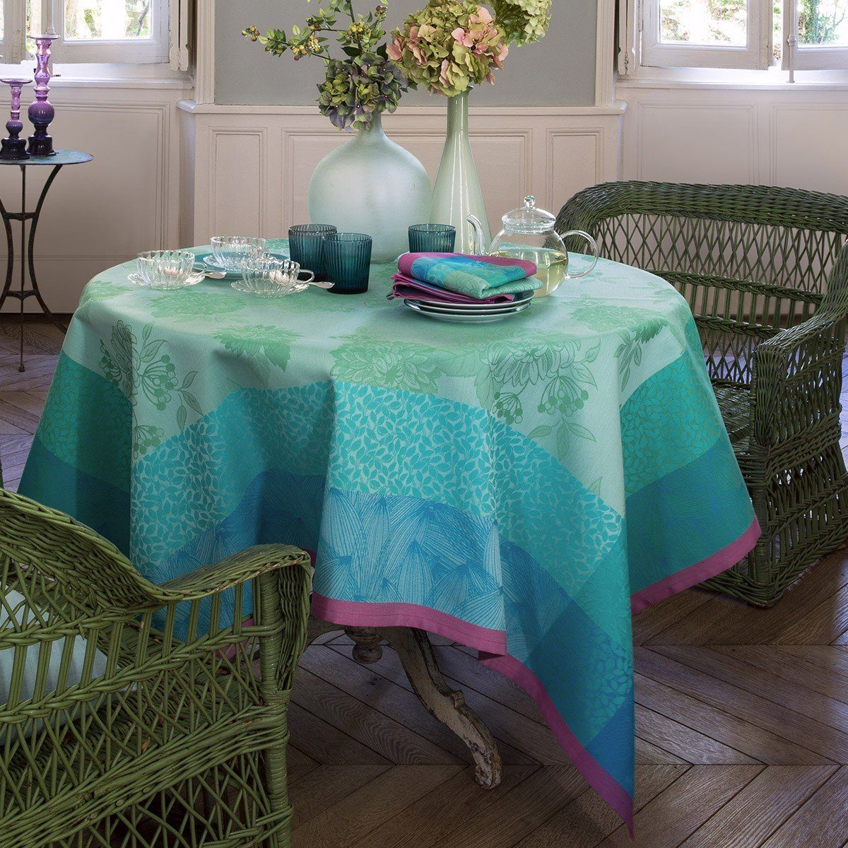 Le Jacquard Français Table Linen Parfums De Bagatelle Fig Linens Turquoise Tablecloth