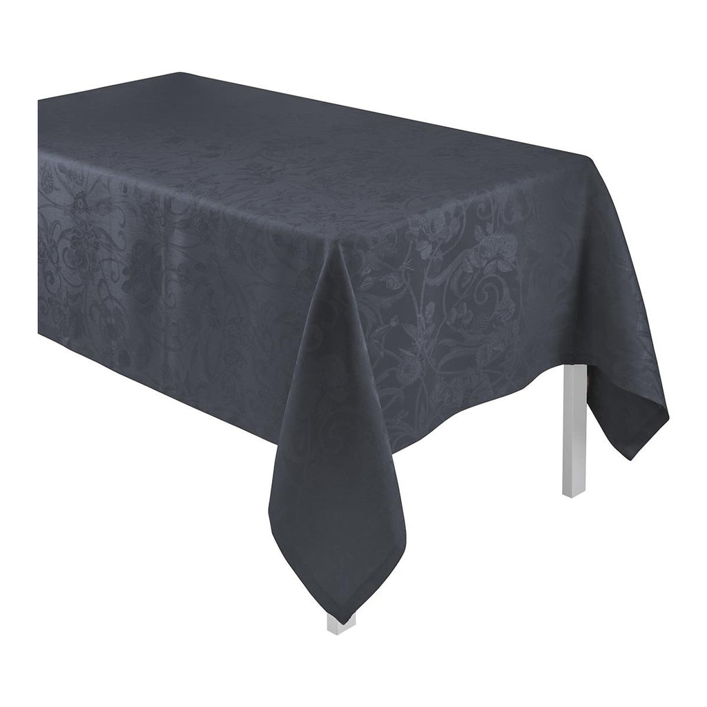 Le Jacquard Français Table Linen Tivoli in Onyx Fig Linens black tablecloth