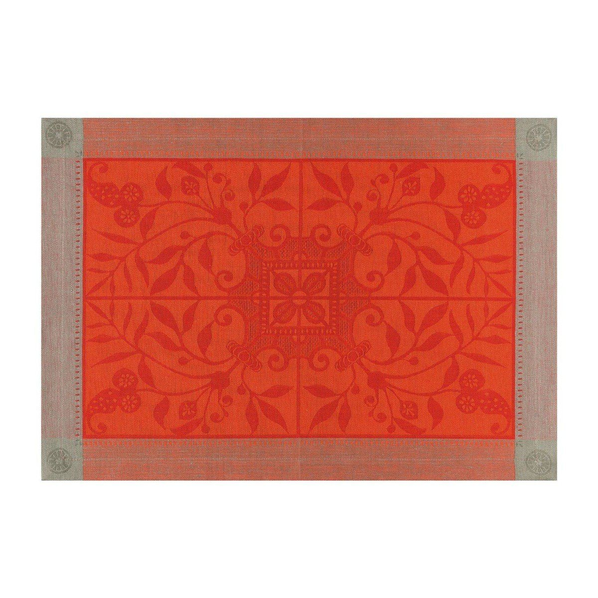 Le Jacquard Français Table Linen Venezia in Cornelian Fig Linens Orange placemat