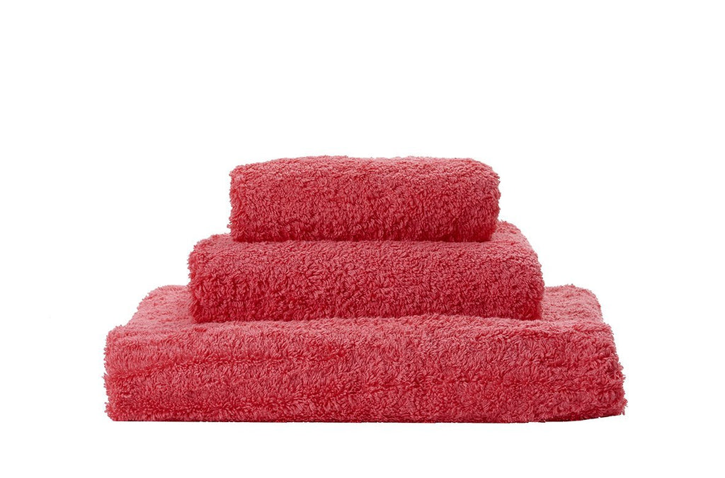 Set of Abyss Super Pile Towels in Grenadine 595