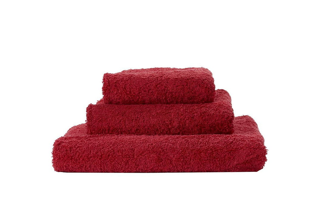 Set of Abyss Super Pile Towels in Hibiscus 502