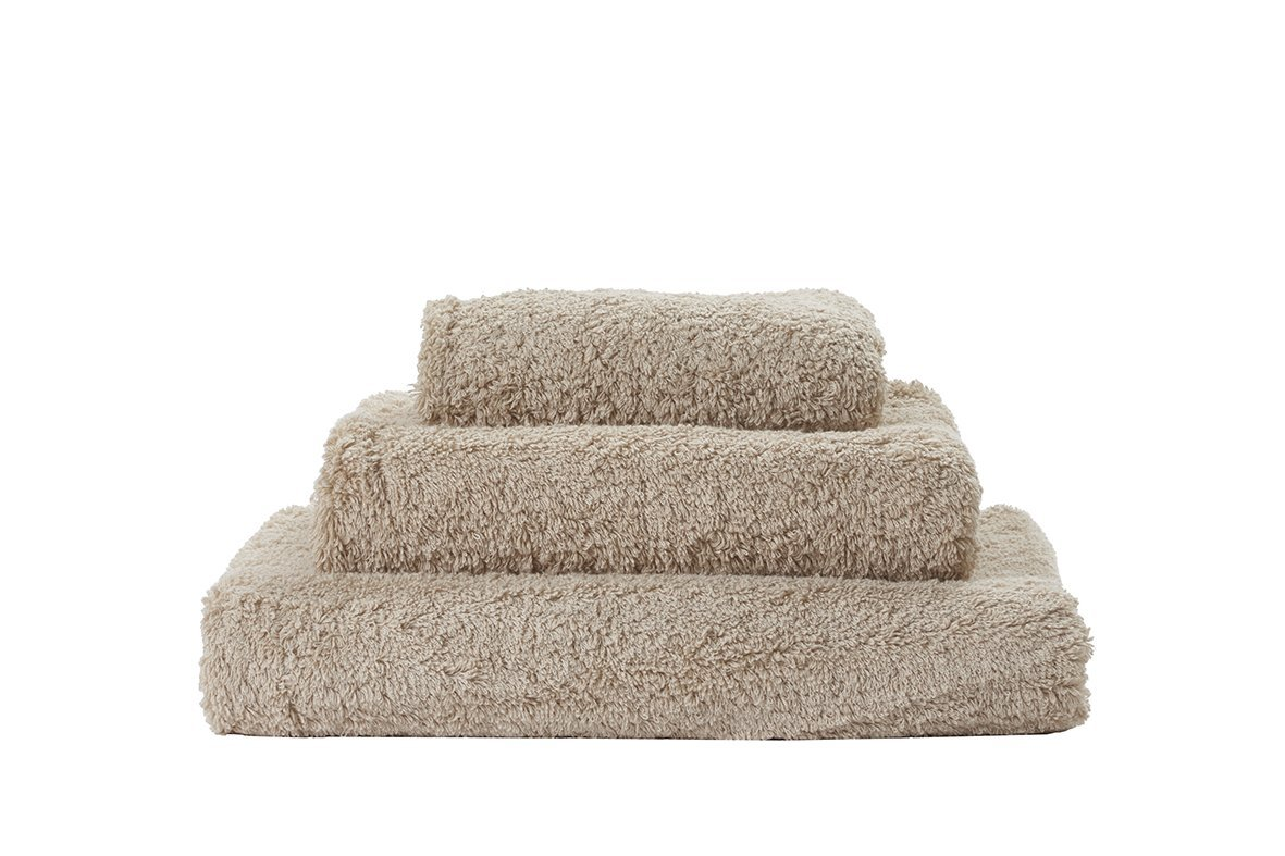 Set of Abyss Super Pile Towels in Linen 770