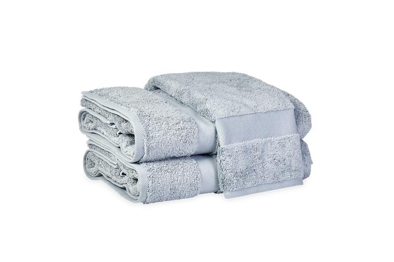 Matouk Lotus Pool Bath Towels at Fig Linens