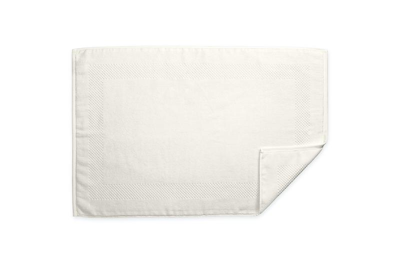 Lotus Ivory Tub Mat | Matouk at Fig Linens