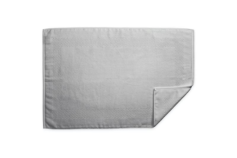 Lotus Smoke Tub Mat | Matouk at Fig Linens
