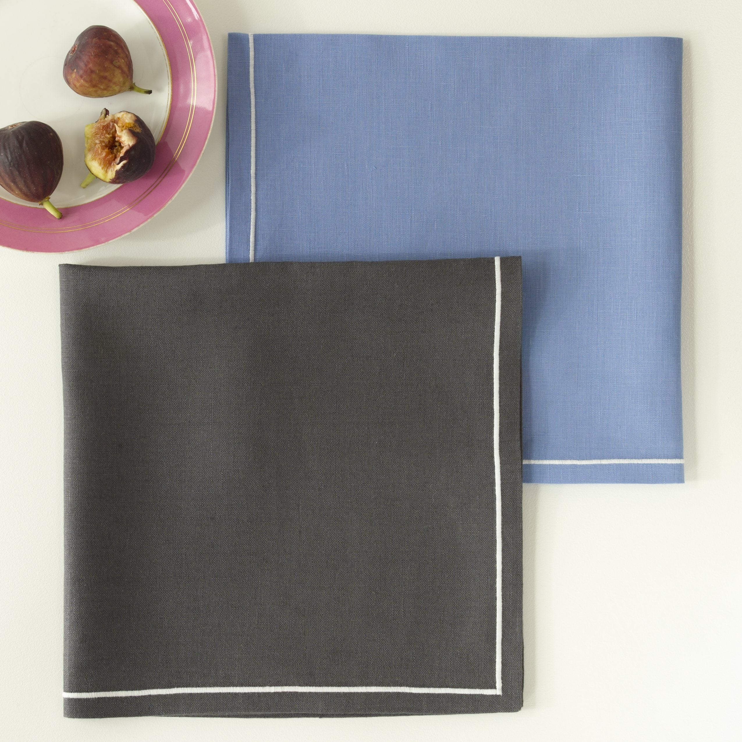 Casual Couture Placemats & Napkins by Matouk - Fig Linens and Home