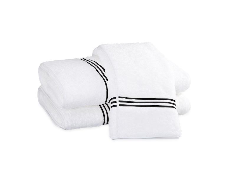 Bel Tempo Black Bath Towels | Matouk at Fig Linens