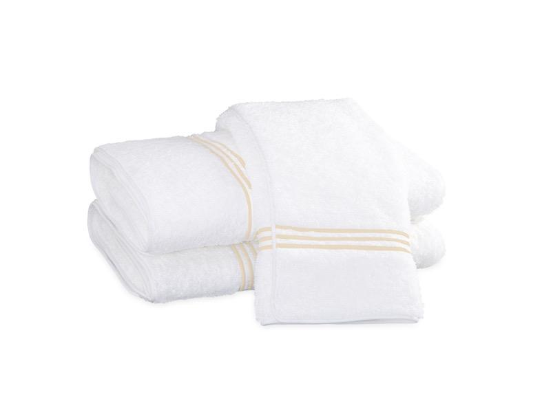 Bel Tempo Ivory Bath Towels | Matouk at Fig Linens