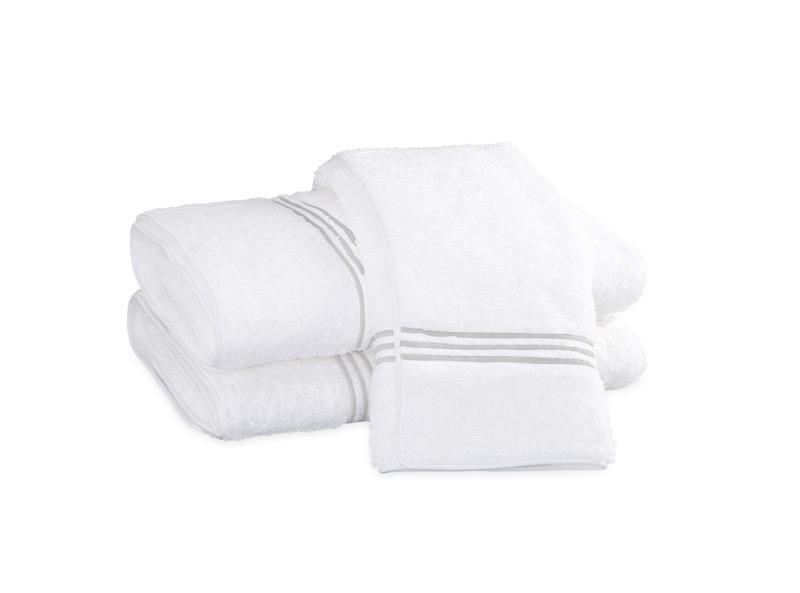 Bel Tempo Silver Bath Towels | Matouk at Fig Linens