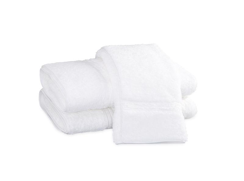 Bel Tempo White Bath Towels | Matouk at Fig Linens
