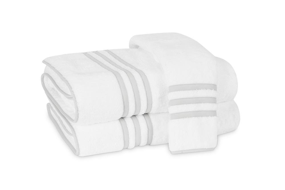 Matouk Newport Bath Towels in Icicle | Fig Linens