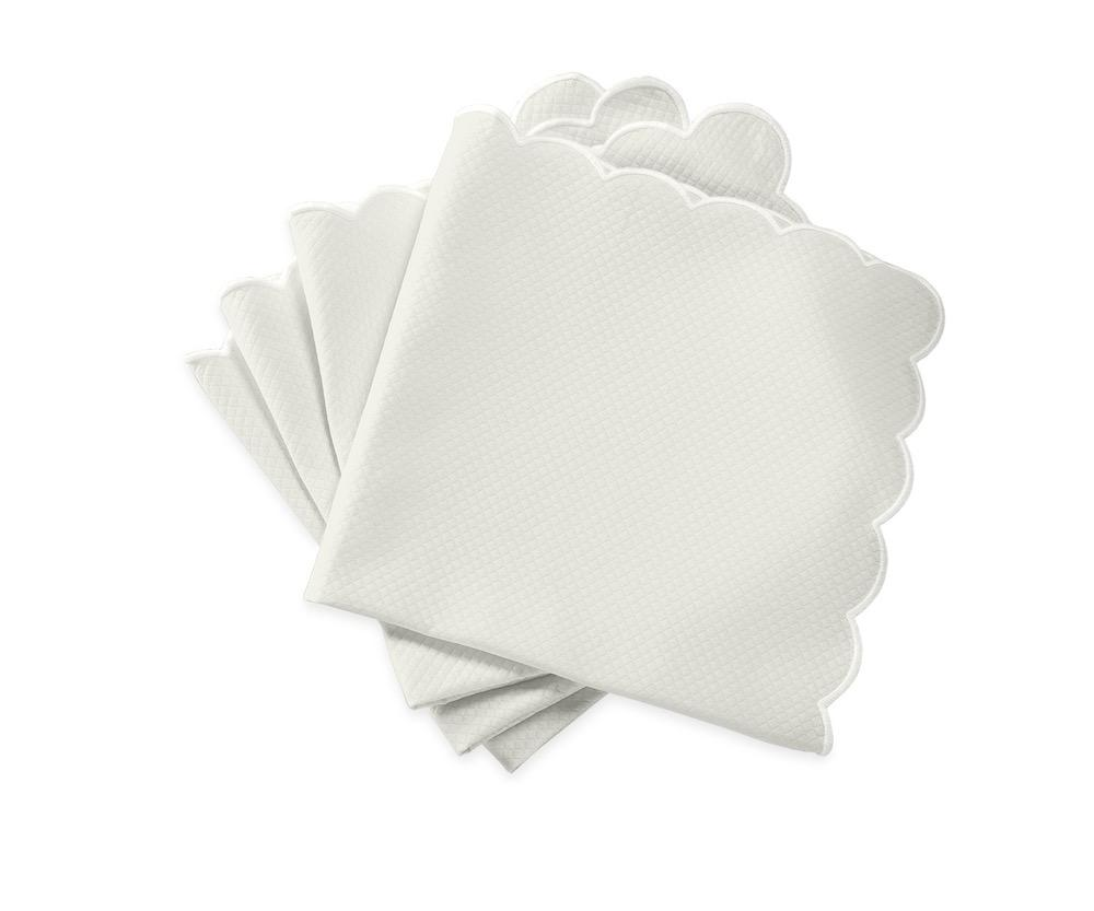 Matouk Savannah Gardens Napkins in Bone