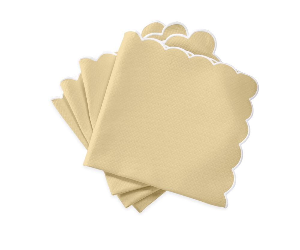 Matouk Savannah Gardens Napkins in Butter