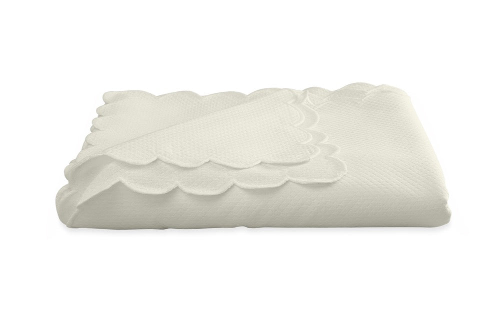Savannah Gardens Oblong Ivory Tablecloth | Matouk at Fig Linens