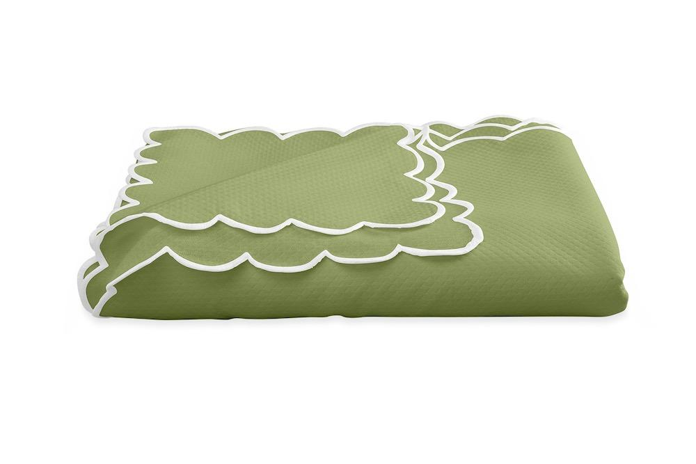 Savannah Gardens Oblong Spring Green Tablecloth | Matouk at Fig Linens