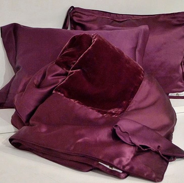 Kumi Kookoon Velvet Travel Set Fig Linens merlot