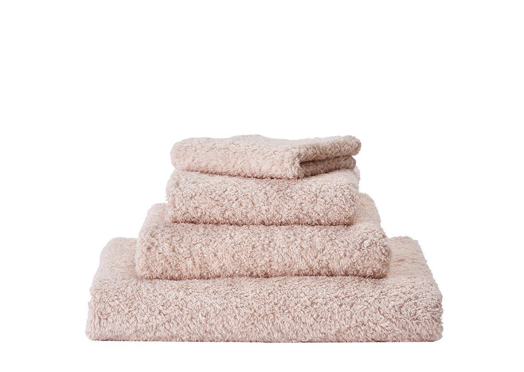 Set of Abyss Super Pile Towels in Nude 610